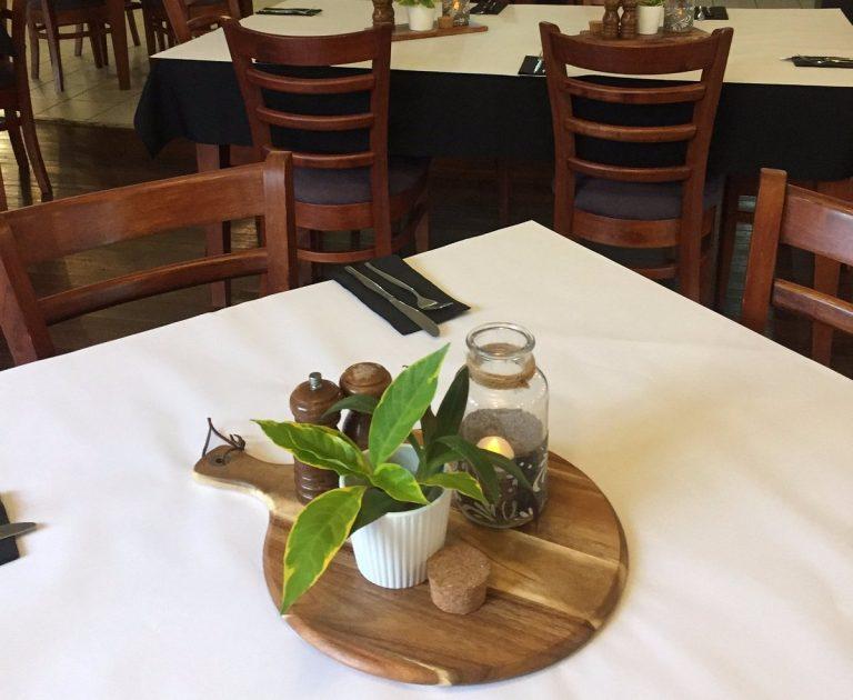 dining-room-bar